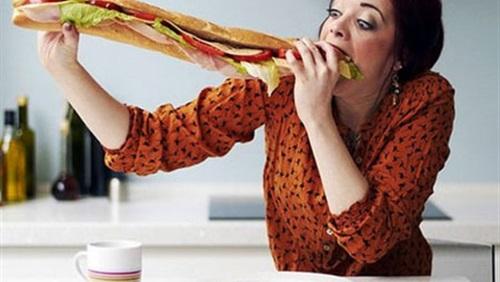 علاج مشكلة الشراهة عند تناول الطعام