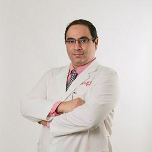 300دكتور عمرو يسرىx300
