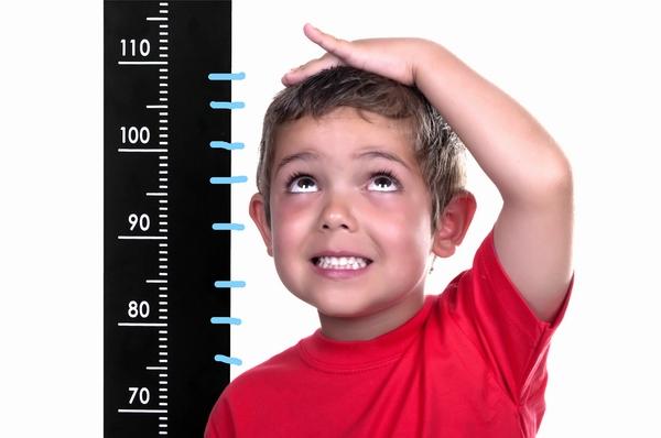نقص هرمون النمو قد يجعل طفلك أقصر من المعدل الطبيعي للطول