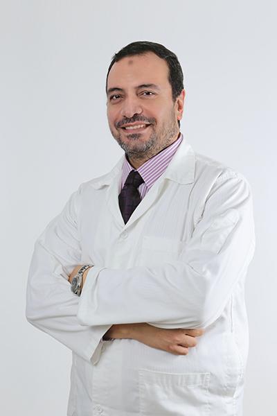 الدكتور أشرف السنجيدي