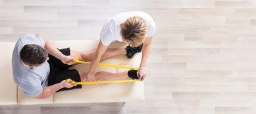 فوائد العلاج الطبيعي لآلام العظام